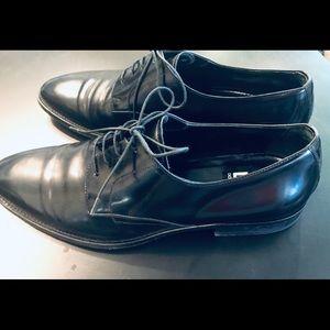 Dolce & Gabbana Men Sleek Leather Shoes